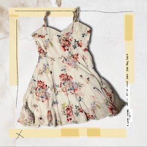 Aritzia Size 8 Talula Mini Dress